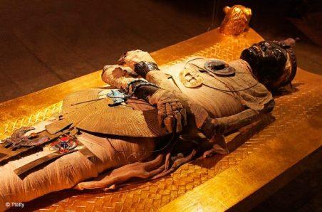 king-tut-mummy